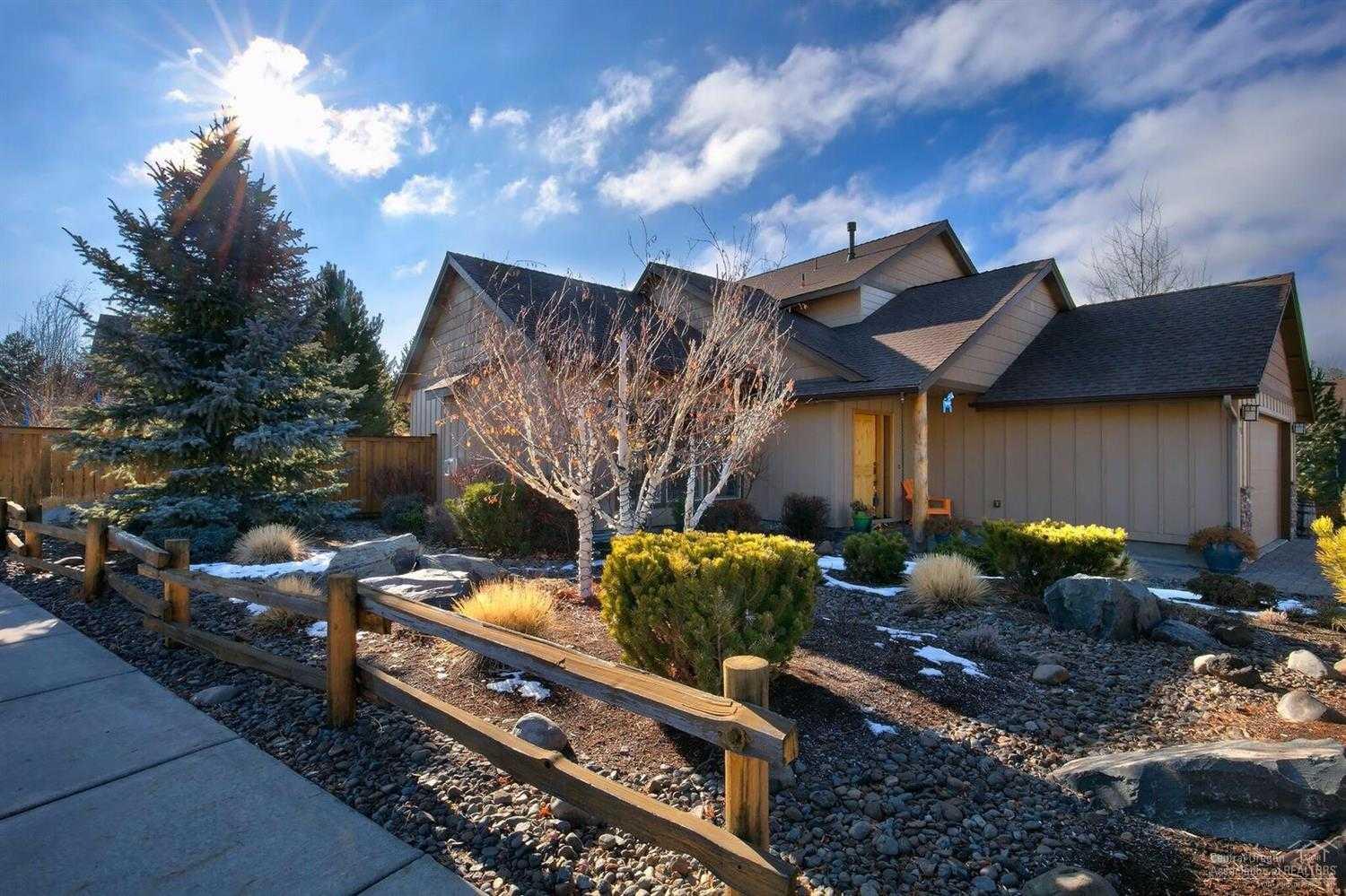 $520,000 - 4Br/3Ba -  for Sale in Bend