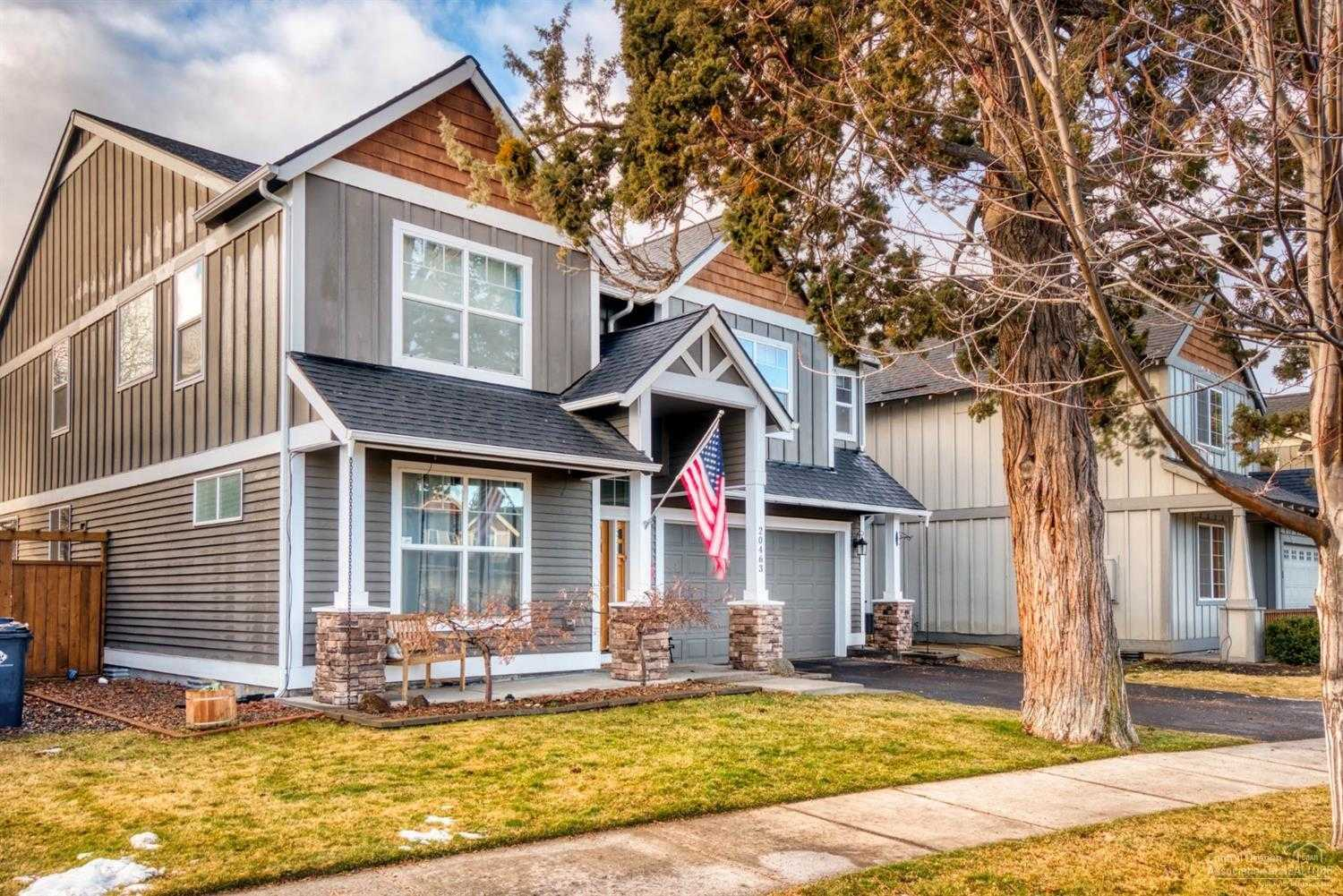 $474,500 - 4Br/3Ba -  for Sale in Bend