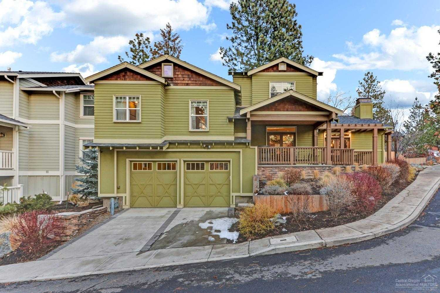 $499,000 - 3Br/4Ba -  for Sale in Bend