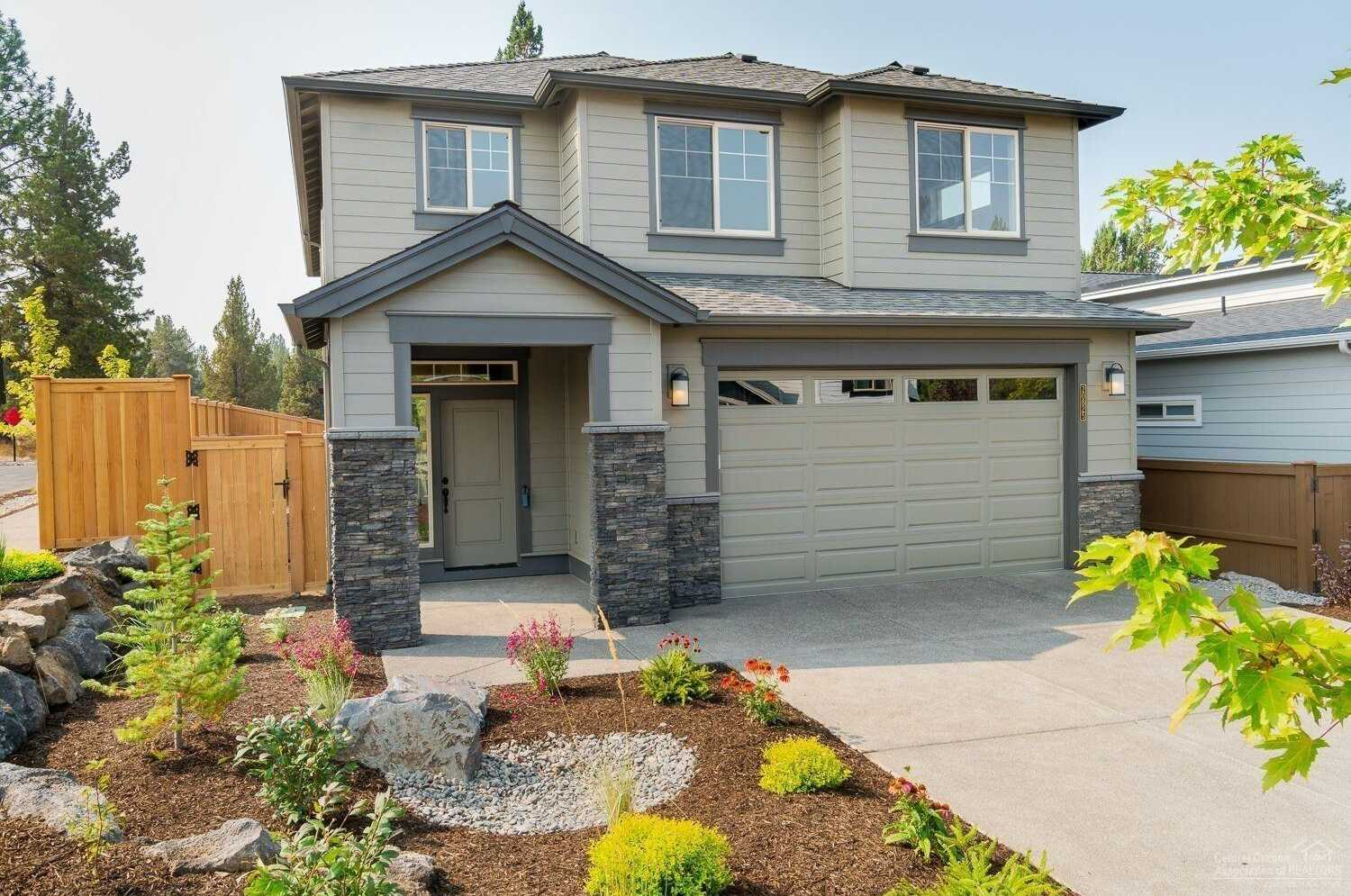 $529,900 - 4Br/3Ba -  for Sale in Bend