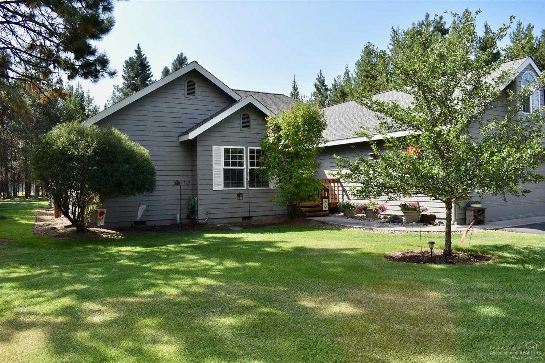 $484,500 - 3Br/2Ba -  for Sale in La Pine
