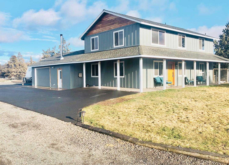 $529,000 - 4Br/3Ba -  for Sale in Redmond