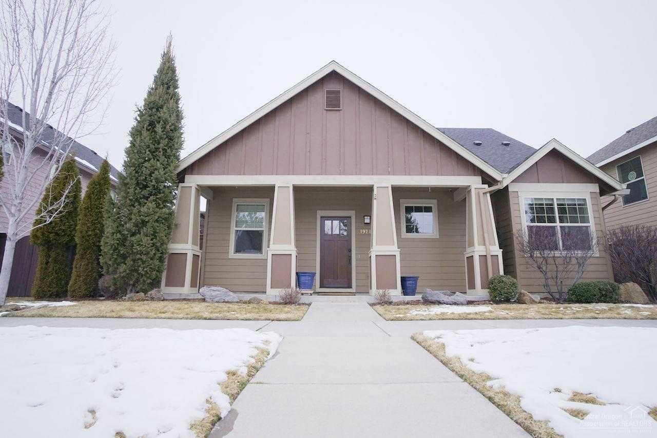 $535,000 - 4Br/3Ba -  for Sale in Bend