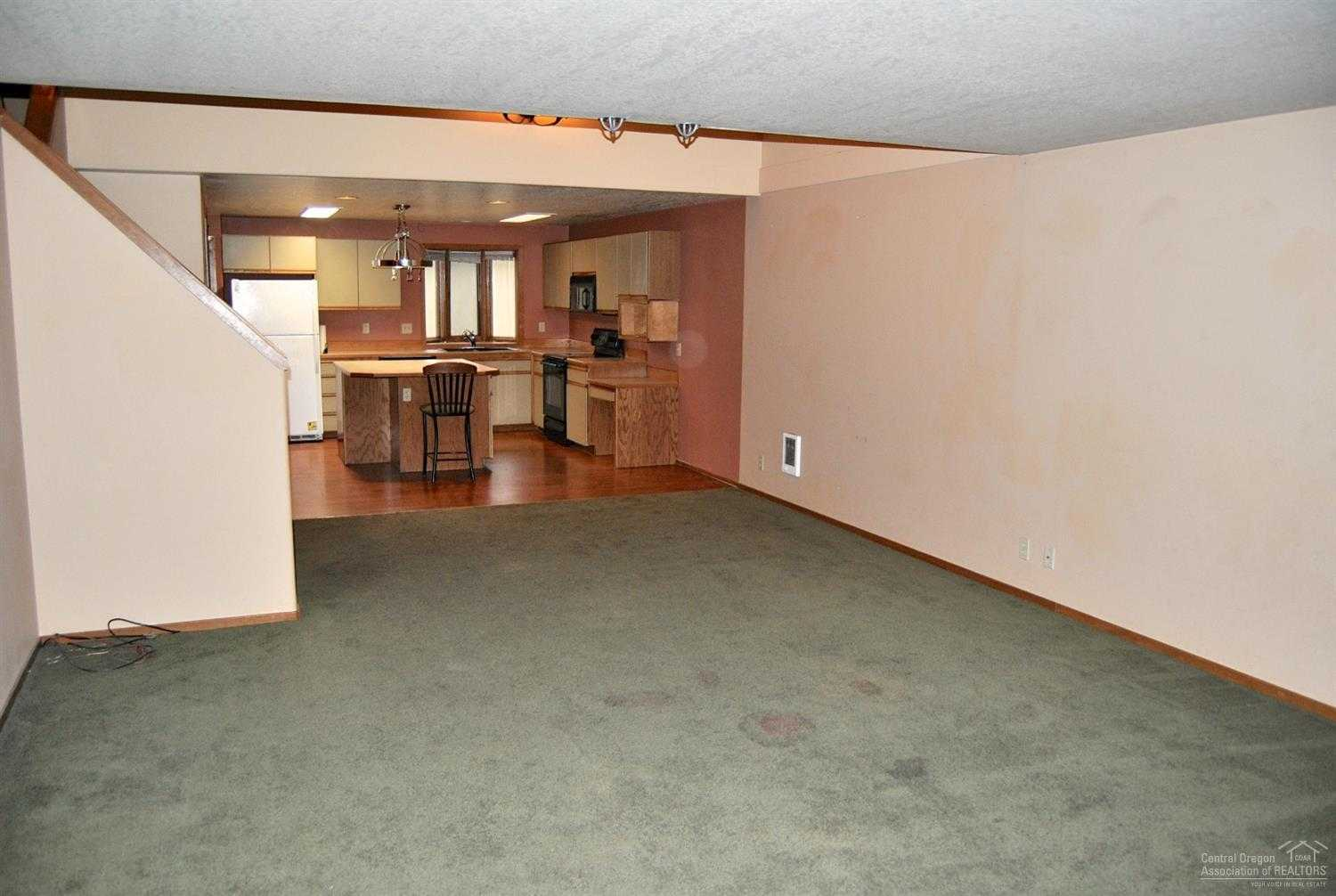 $195,000 - 2Br/3Ba -  for Sale in Bend