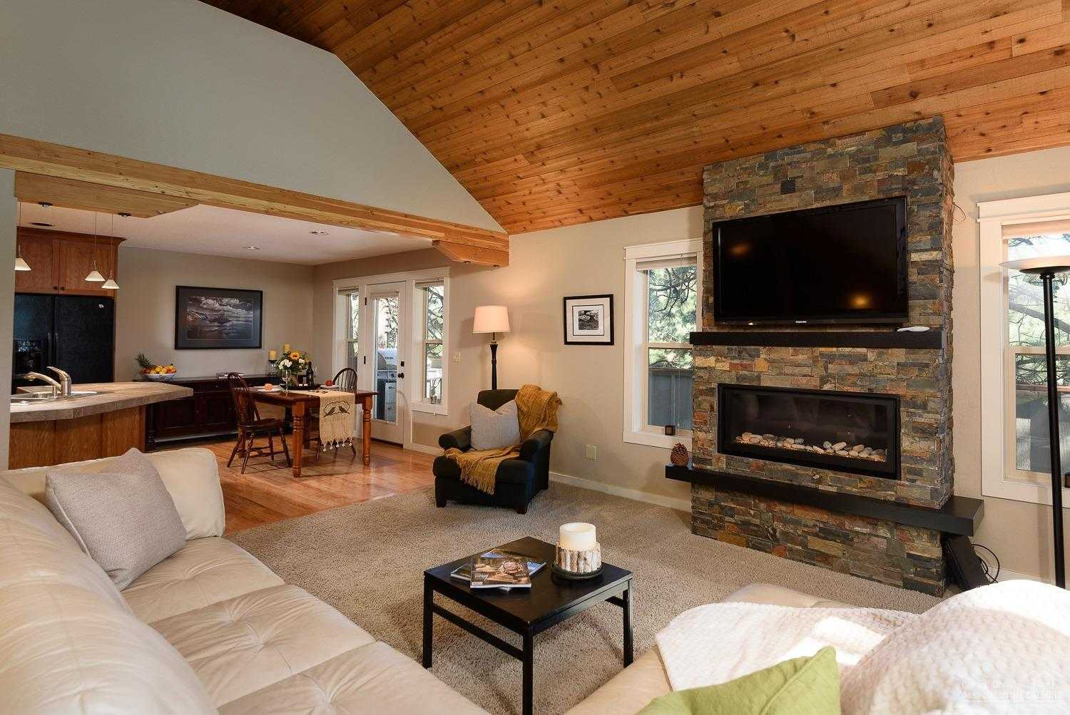 $499,000 - 3Br/2Ba -  for Sale in Bend
