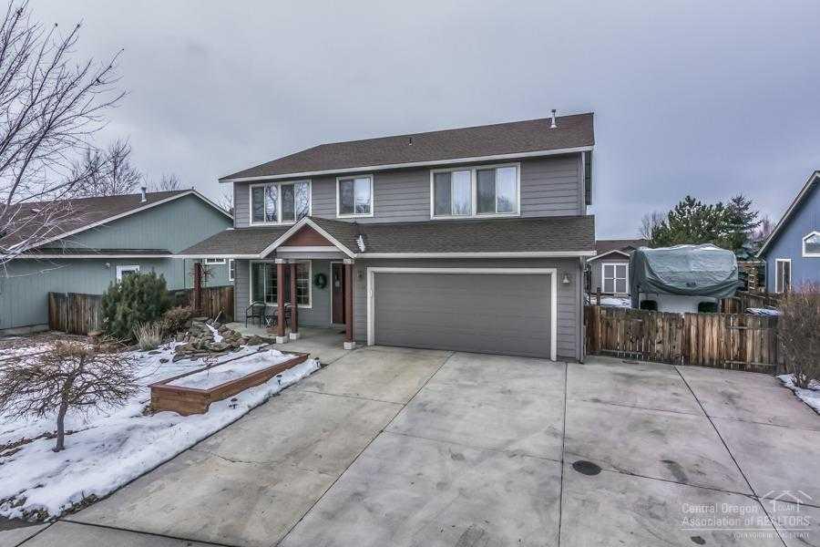 $415,000 - 4Br/3Ba -  for Sale in Redmond