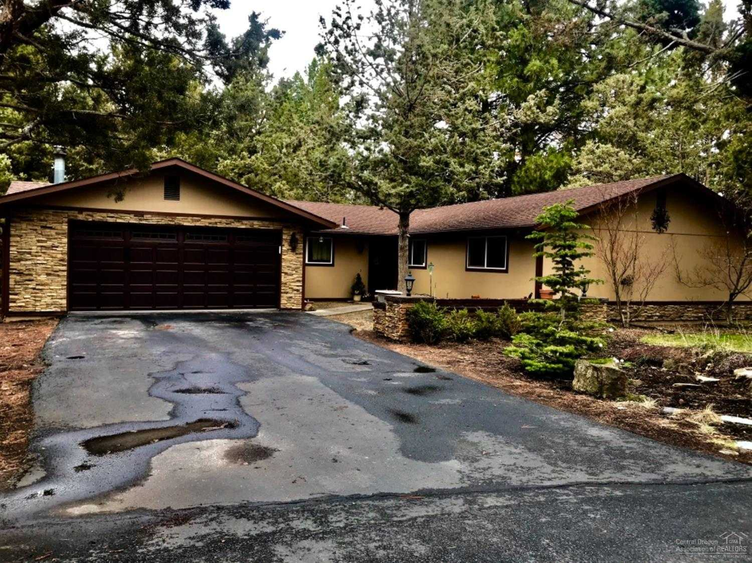 $379,950 - 4Br/2Ba -  for Sale in Bend