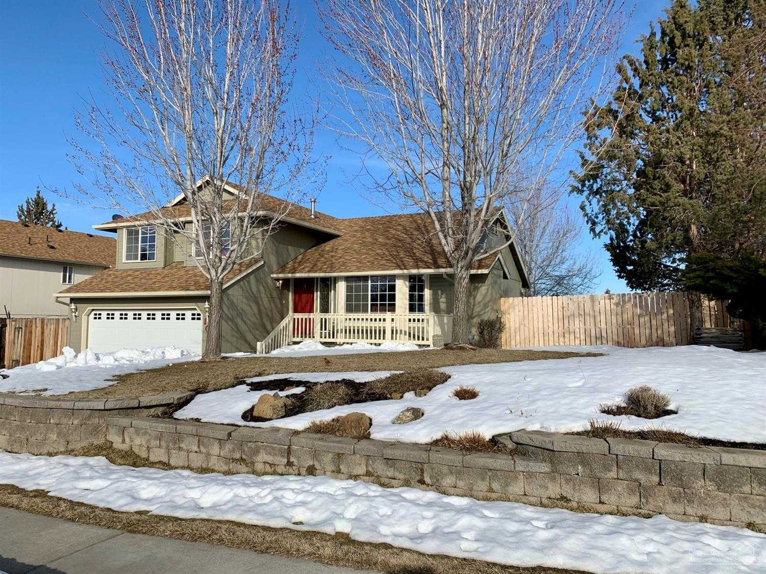 $379,000 - 3Br/3Ba -  for Sale in Bend