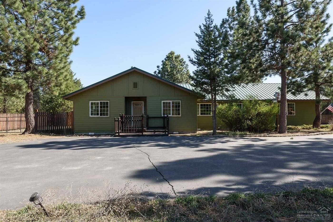 $390,000 - 2Br/2Ba -  for Sale in La Pine
