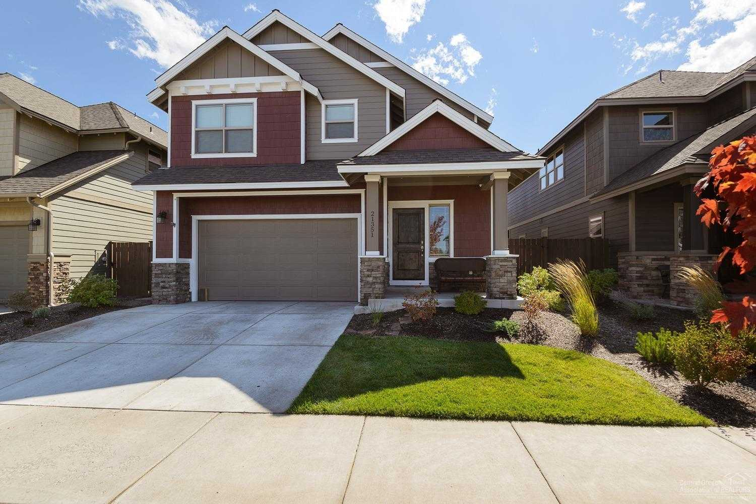 $425,000 - 3Br/3Ba -  for Sale in Bend