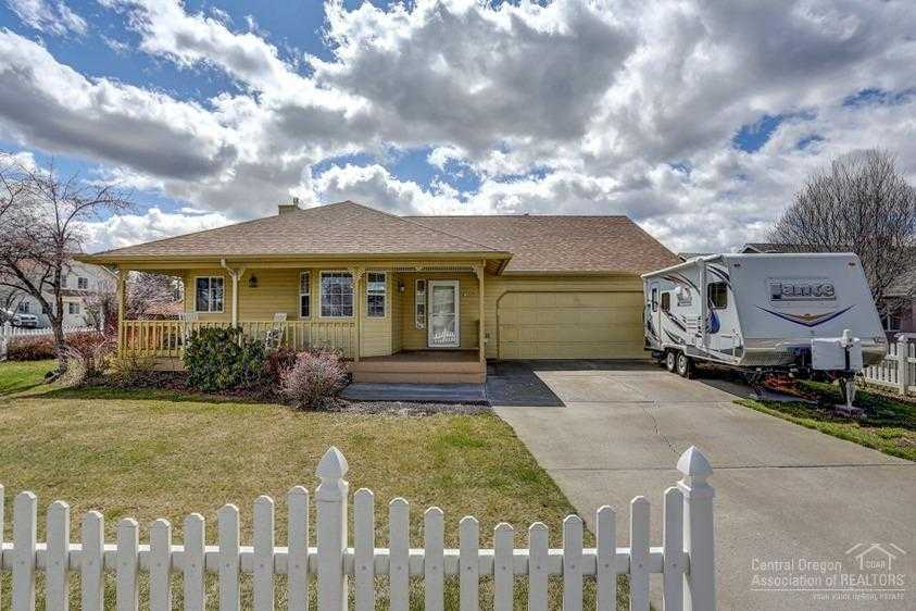 $419,000 - 3Br/2Ba -  for Sale in Bend