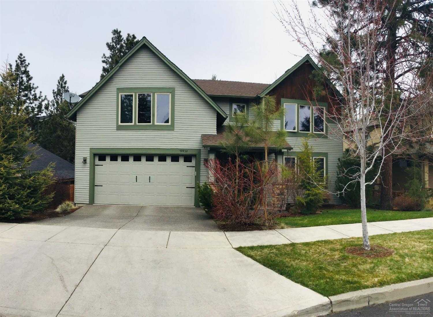 $519,000 - 4Br/3Ba -  for Sale in Bend