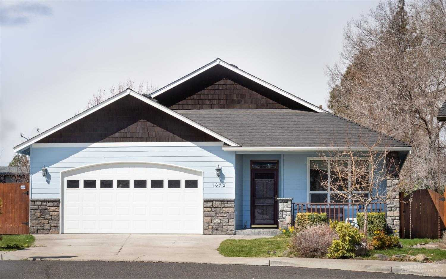 $424,000 - 3Br/2Ba -  for Sale in Bend