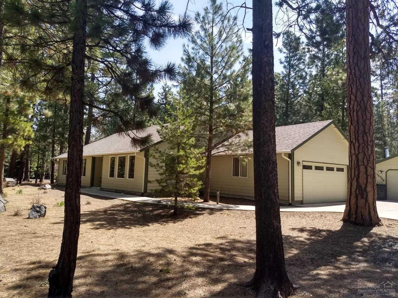 $389,000 - 4Br/2Ba -  for Sale in La Pine