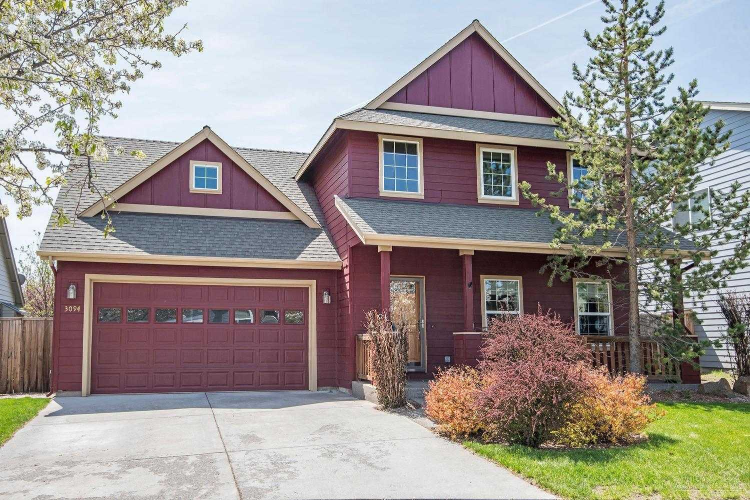 $398,500 - 3Br/3Ba -  for Sale in Bend