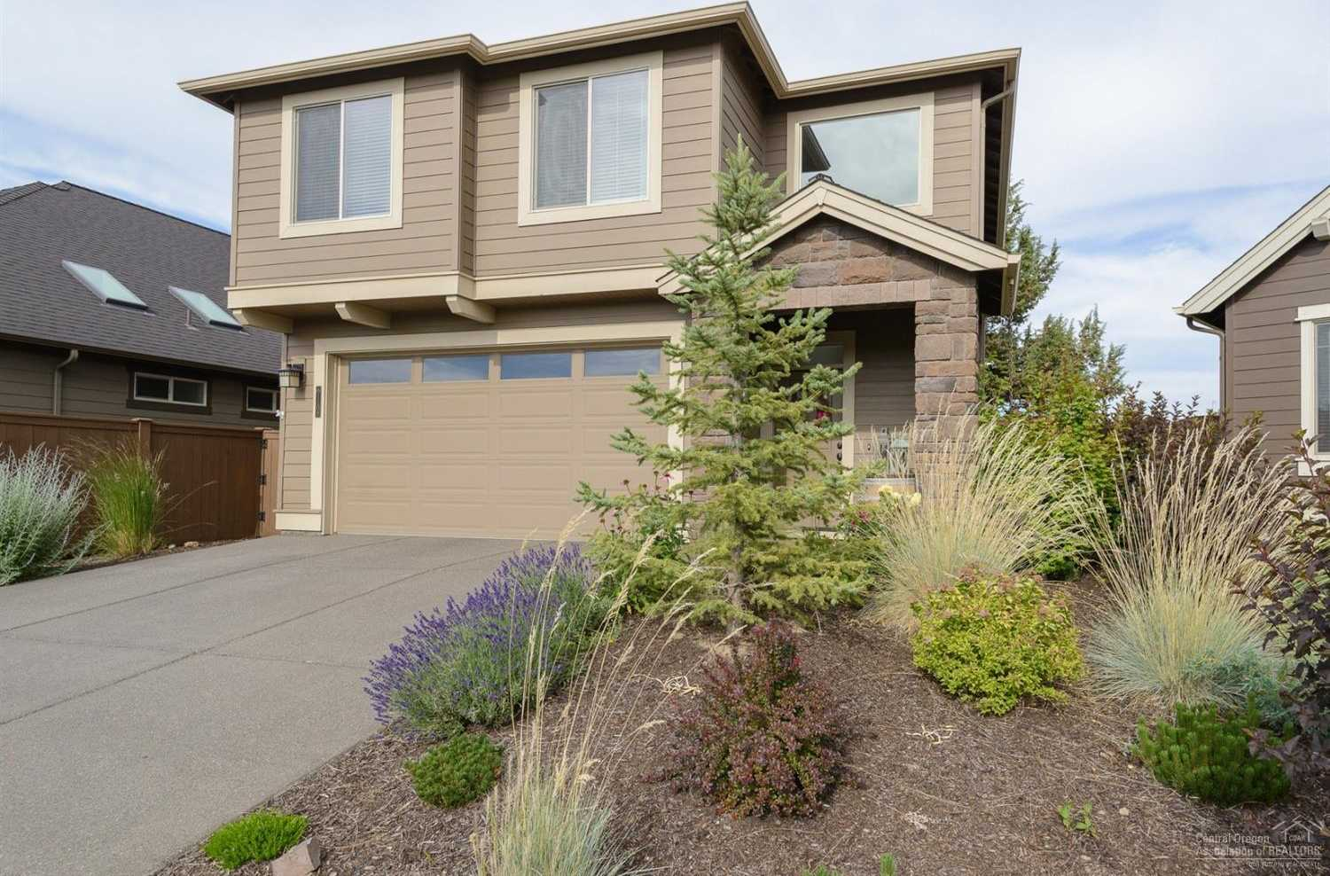 $499,900 - 3Br/3Ba -  for Sale in Bend