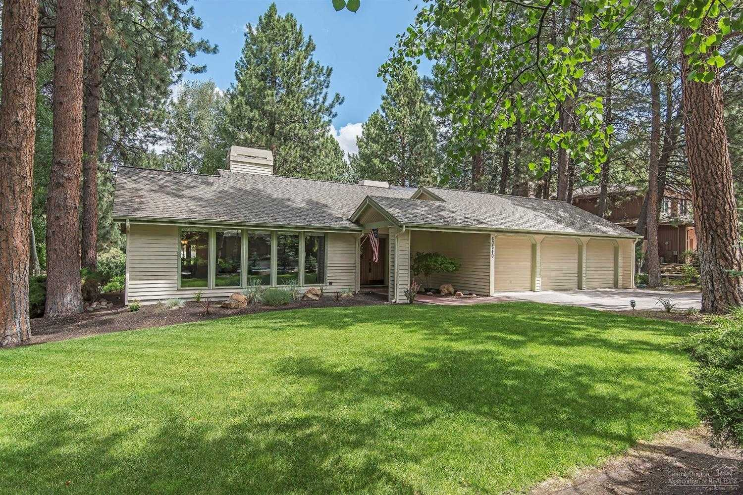 $548,500 - 3Br/2Ba -  for Sale in Bend