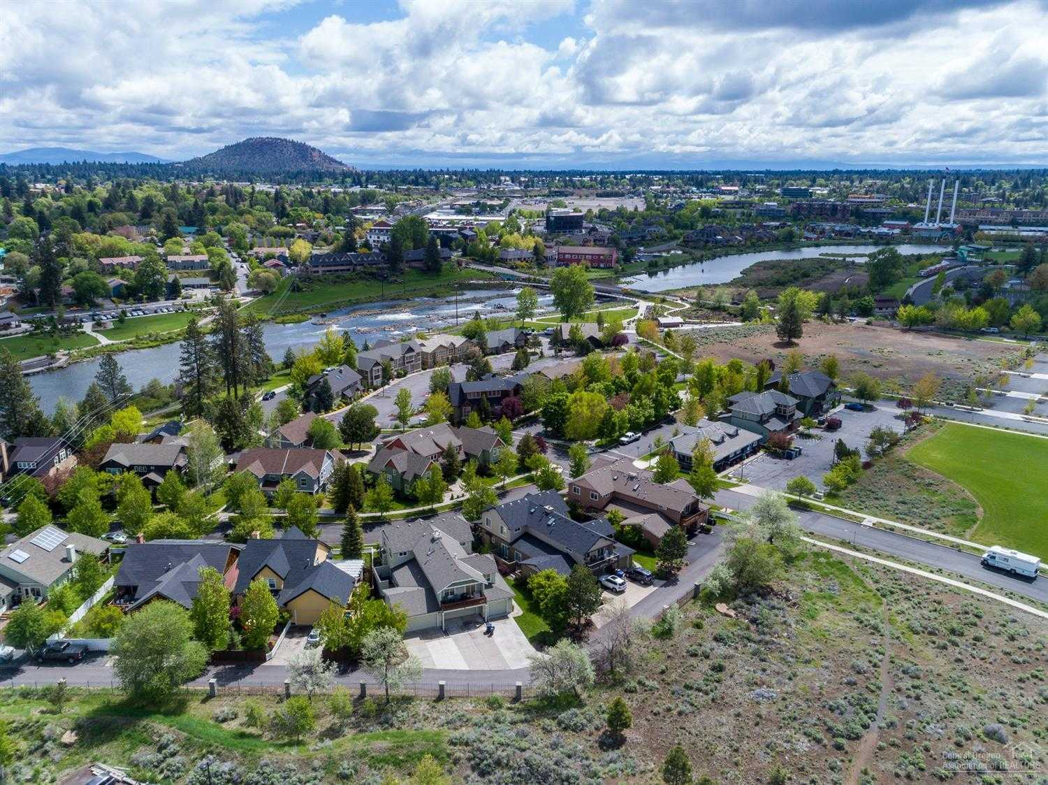 $515,000 - 3Br/2Ba -  for Sale in Bend