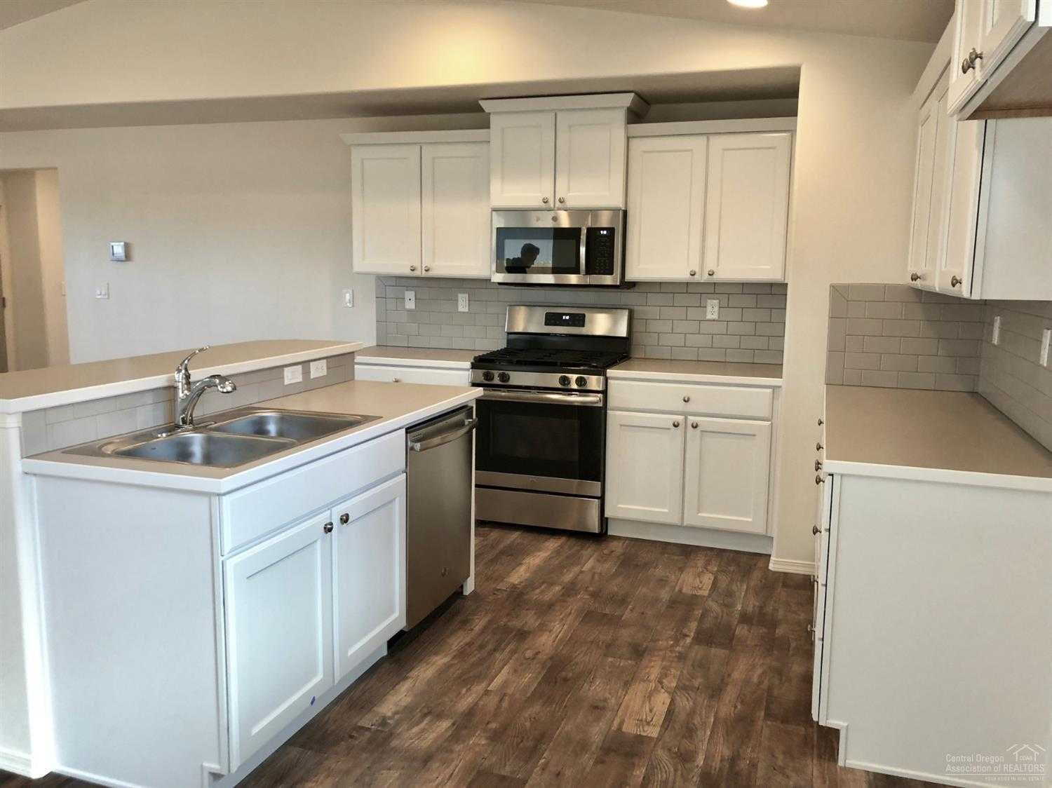 $326,990 - 3Br/3Ba -  for Sale in Bend