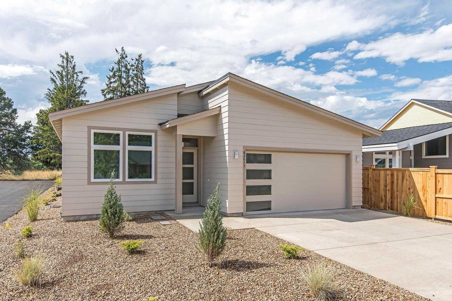 $409,900 - 3Br/2Ba -  for Sale in Bend