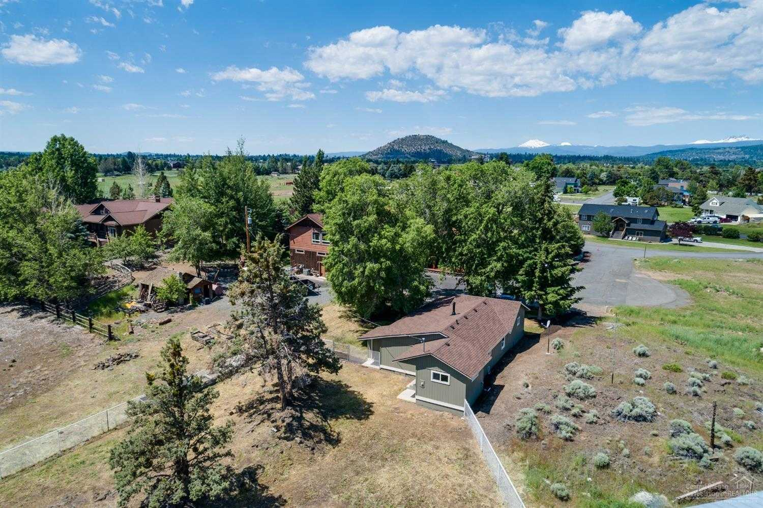 $349,990 - 3Br/1Ba -  for Sale in Bend