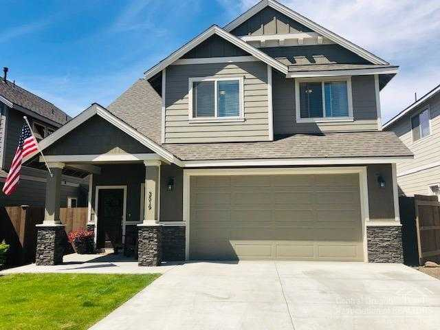 $412,500 - 3Br/3Ba -  for Sale in Bend