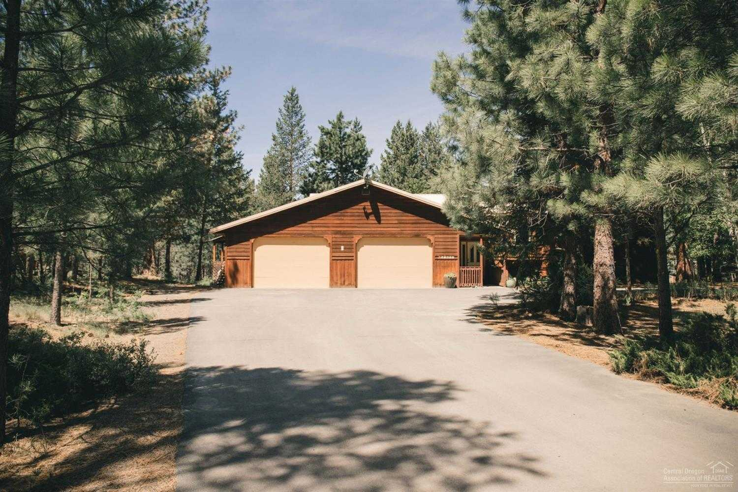 $549,000 - 4Br/3Ba -  for Sale in La Pine