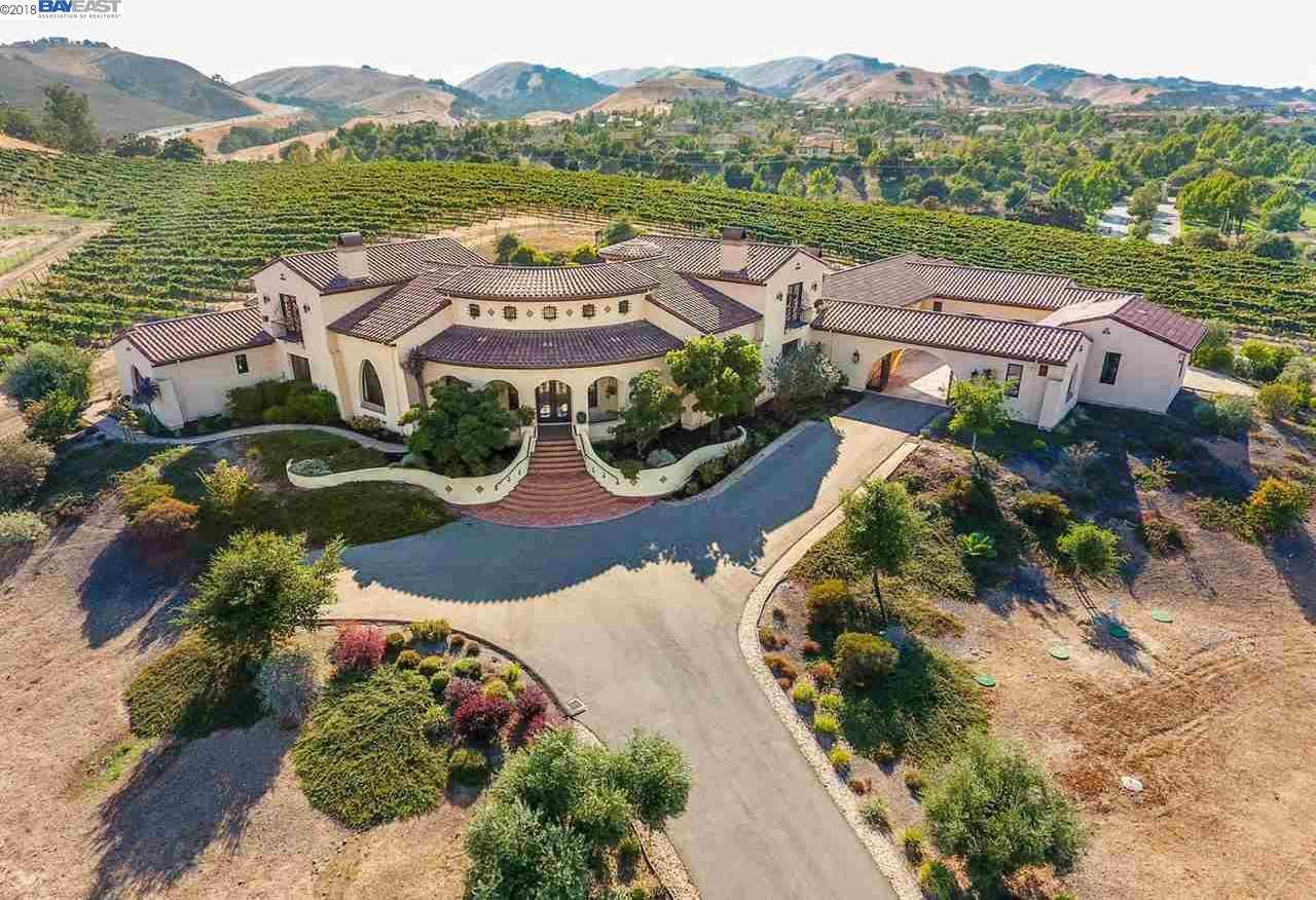 $3,688,888 - 5Br/7Ba -  for Sale in Ruby Hill Vineya, Livermore