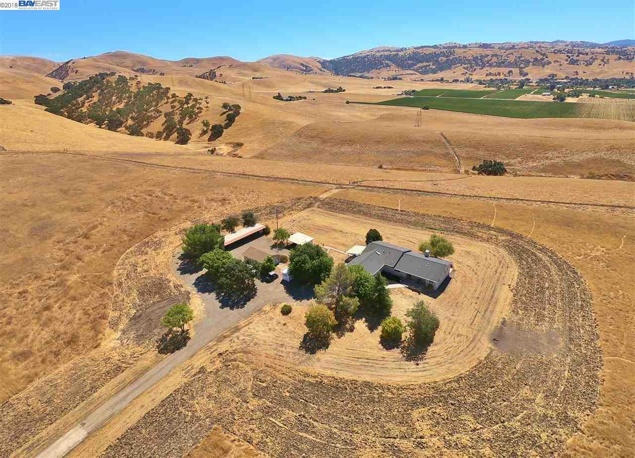 $2,695,000 - 4Br/2Ba -  for Sale in Country, Livermore