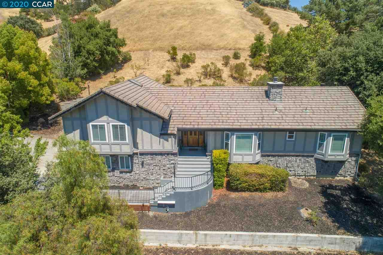 $1,200,000 - 4Br/3Ba -  for Sale in Alhambra Valley, Martinez