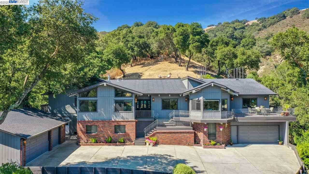 $2,695,000 - 5Br/4Ba -  for Sale in Happy Valley, Lafayette