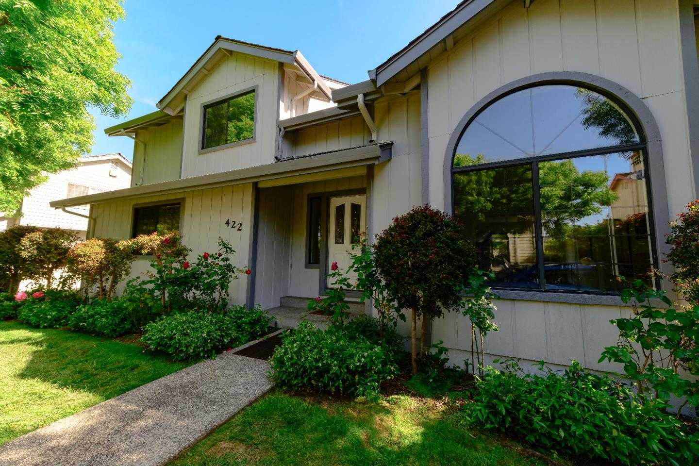 $1,650,000 - 3Br/3Ba -  for Sale in Mountain View