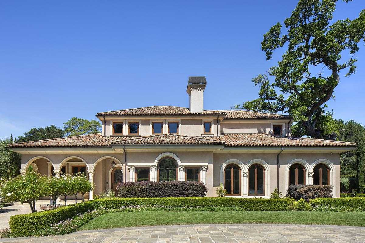 $12,498,000 - 8Br/11Ba -  for Sale in Atherton