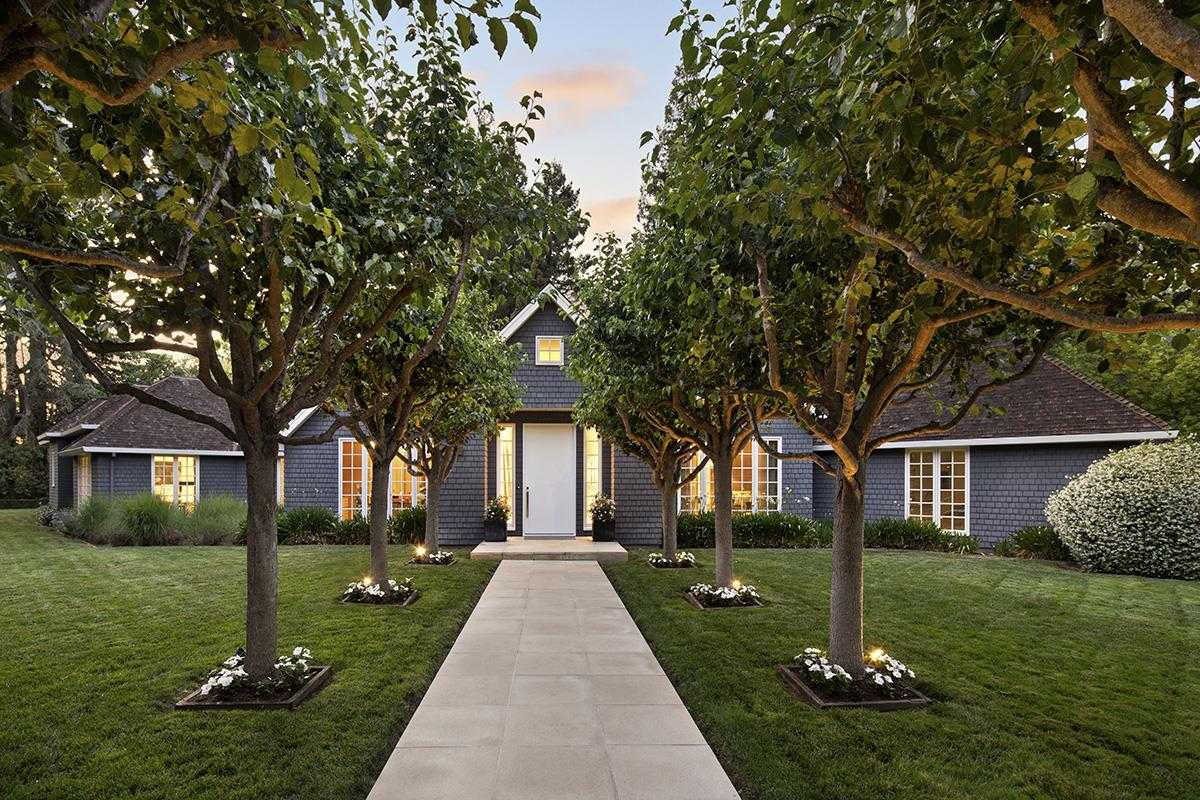 $10,800,000 - 4Br/6Ba -  for Sale in Atherton
