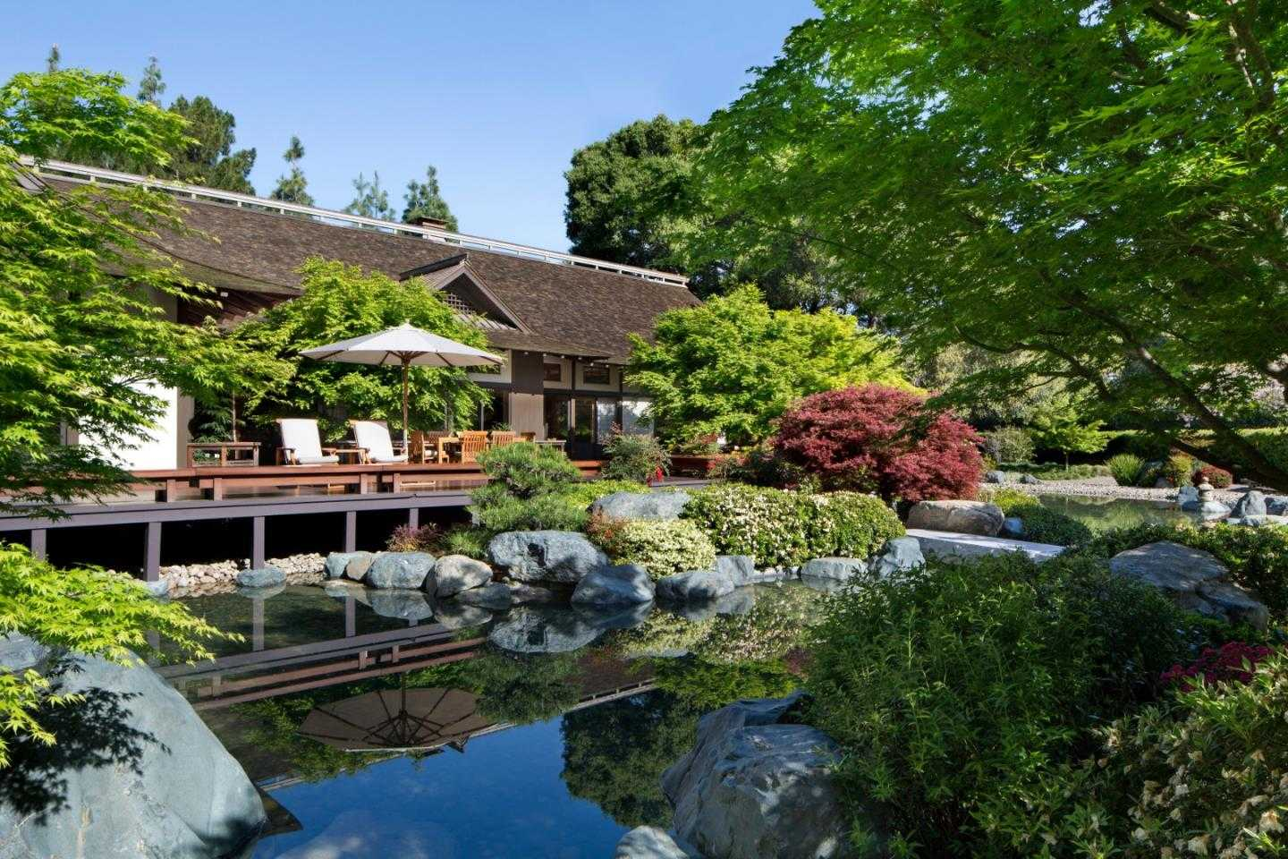 $28,800,000 - 6Br/8Ba -  for Sale in Atherton