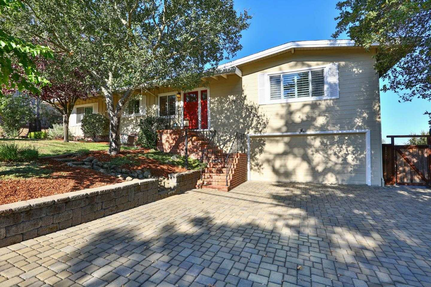 $1,399,000 - 3Br/2Ba -  for Sale in Orinda