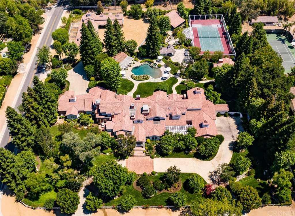 $27,500,000 - 7Br/17Ba -  for Sale in Hidden Hills
