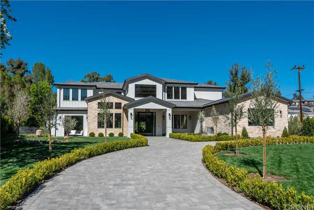 $10,995,000 - 7Br/8Ba -  for Sale in Hidden Hills
