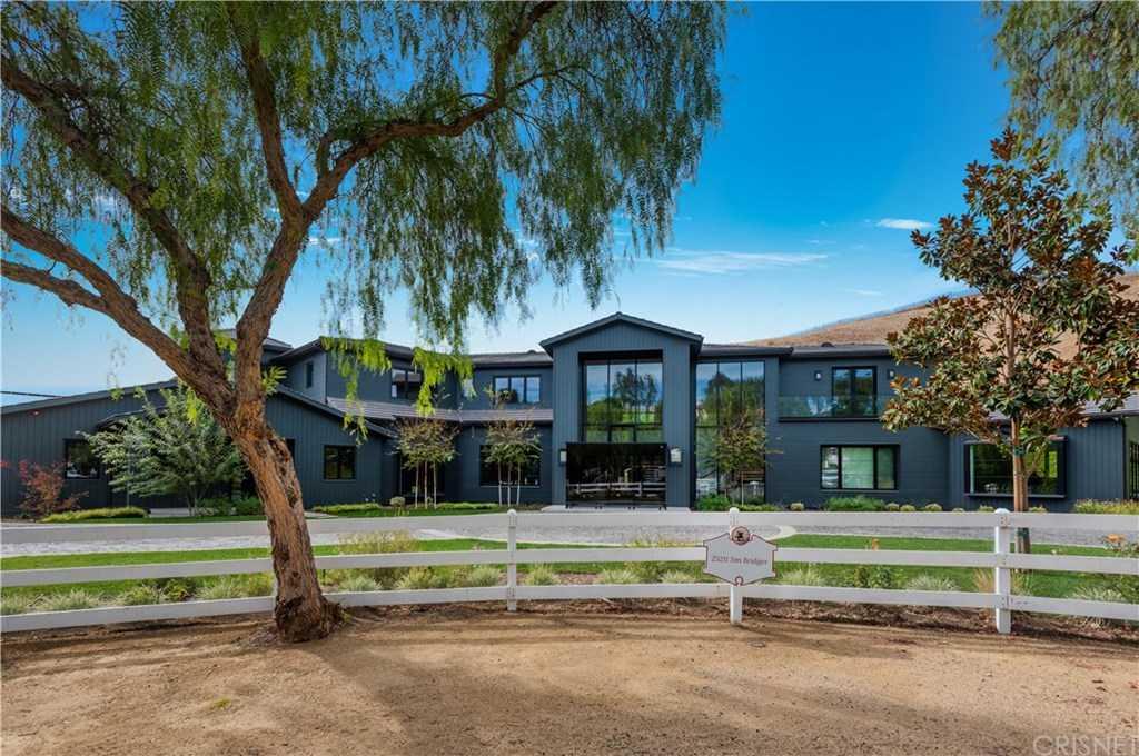 $13,950,000 - 7Br/9Ba -  for Sale in Hidden Hills