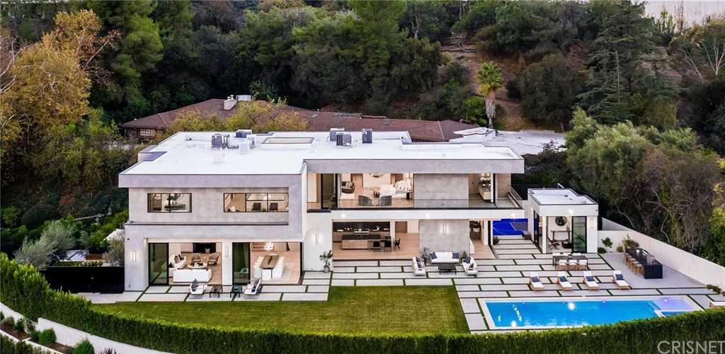 $10,995,000 - 6Br/10Ba -  for Sale in Encino