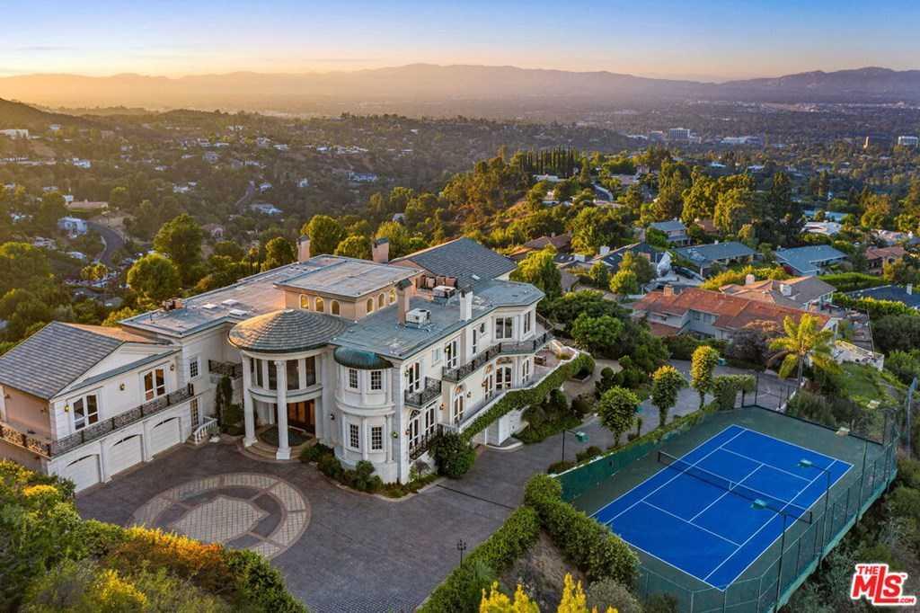 $16,495,000 - 7Br/11Ba -  for Sale in Encino
