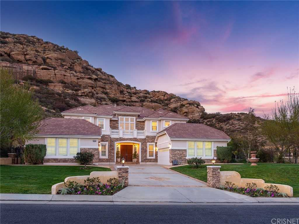 $2,250,000 - 5Br/6Ba -  for Sale in Chatsworth