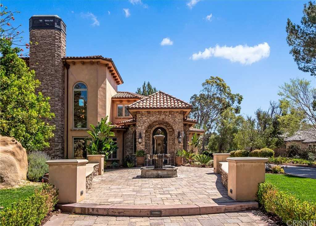$4,299,000 - 7Br/9Ba -  for Sale in Chatsworth
