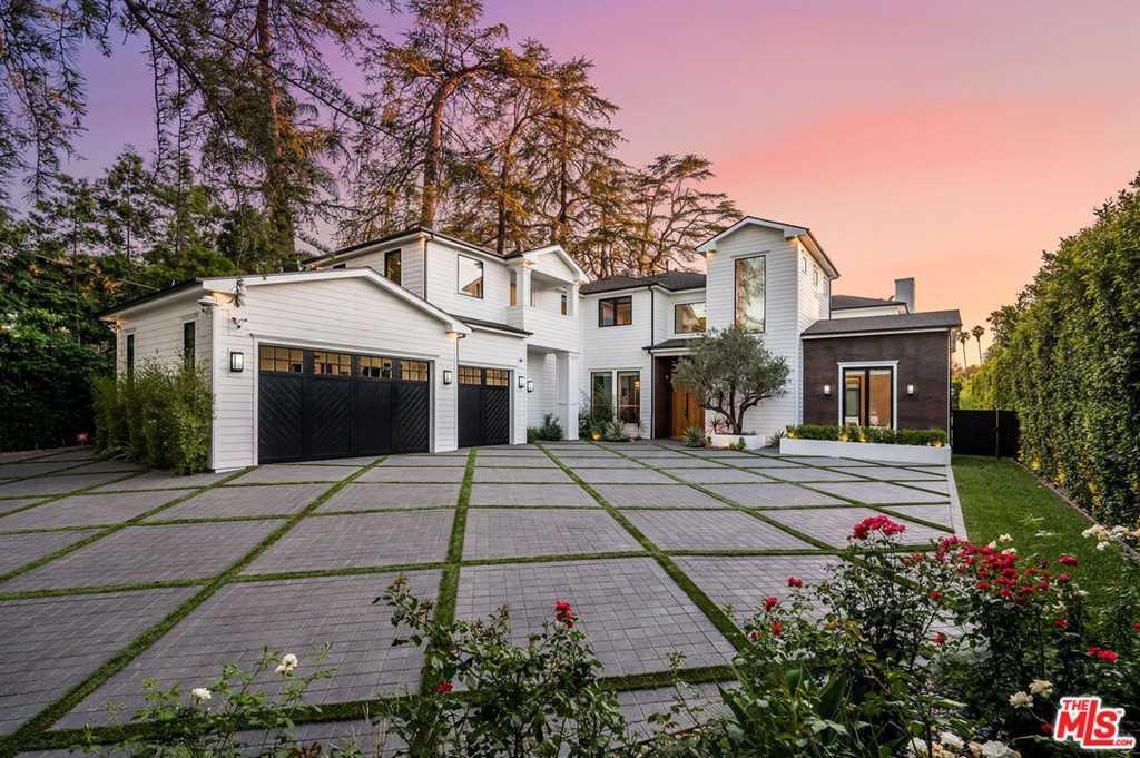 $7,900,000 - 7Br/8Ba -  for Sale in Encino