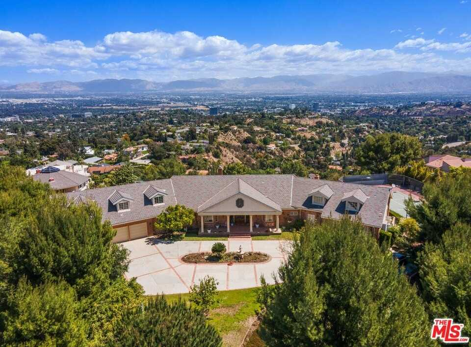 $11,500,000 - 8Br/12Ba -  for Sale in Los Angeles