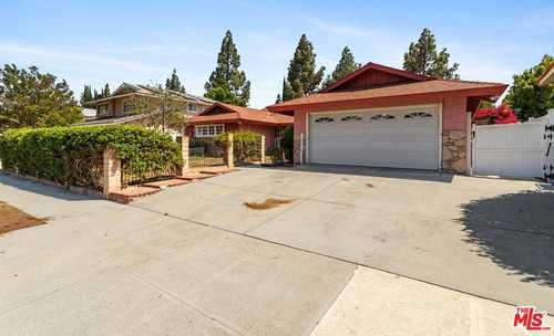 $966,000 - 5Br/2Ba -  for Sale in Northridge