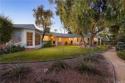 $1,995,000 - 4Br/4Ba -  for Sale in Porter Ranch
