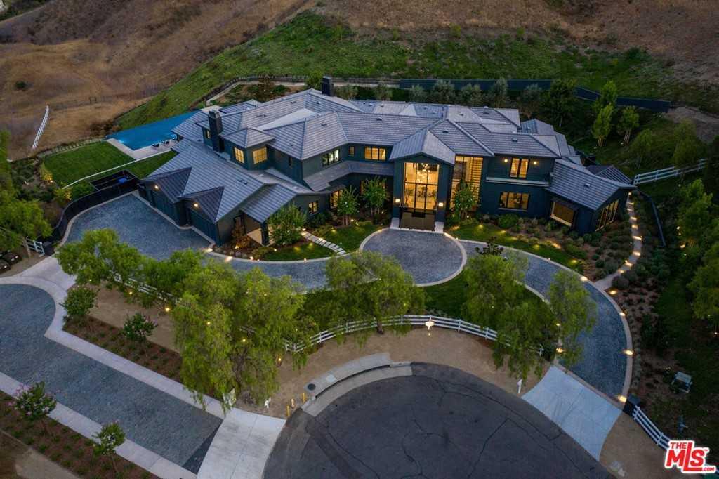 $13,995,000 - 7Br/9Ba -  for Sale in Hidden Hills