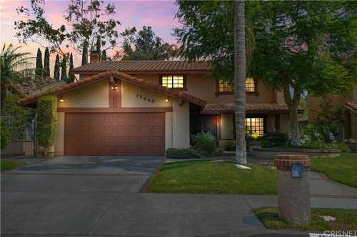 $1,149,000 - 4Br/3Ba -  for Sale in Granada Hills