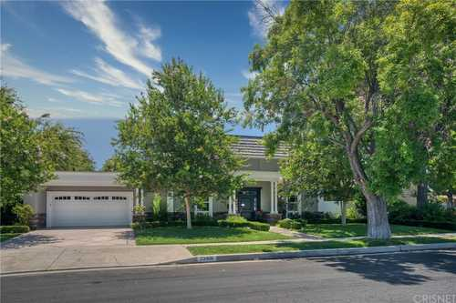 $1,799,000 - 5Br/4Ba -  for Sale in Woodland Hills
